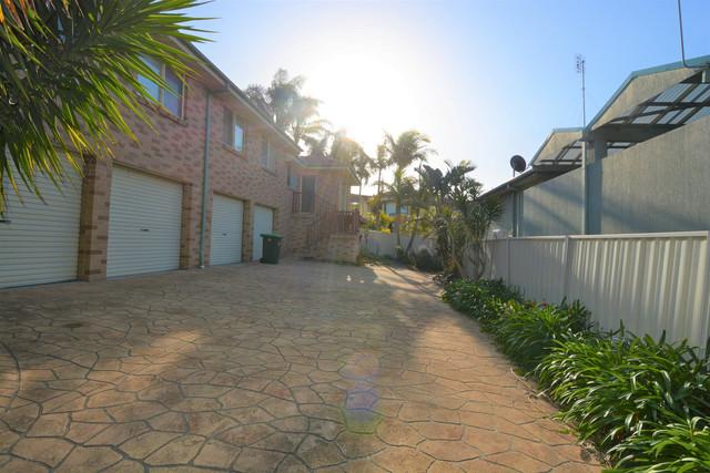 2/26 Baragot Road, Flinders NSW 2529
