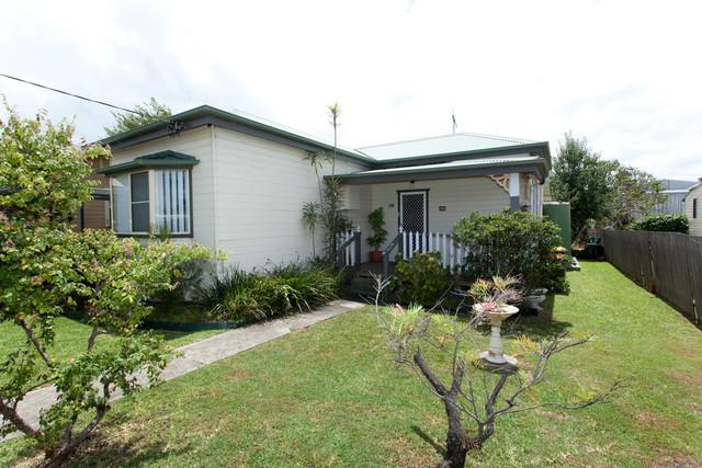 11 Olympia Street, Taree NSW 2430