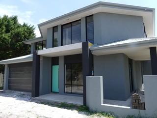 Villa 2/3 Mark Street