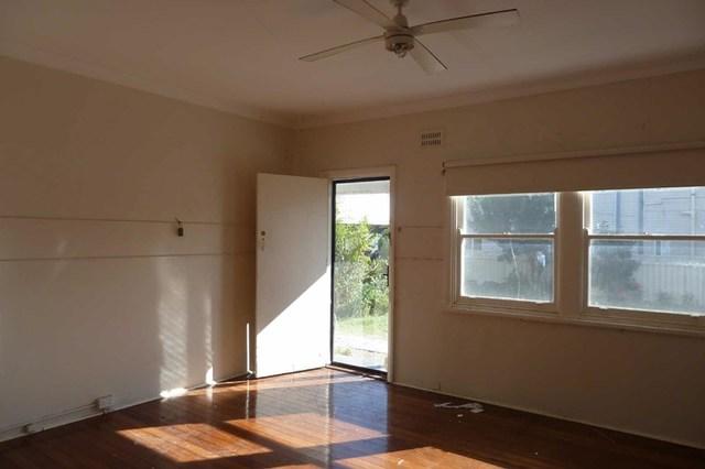 2/24 Helen Street, Forster NSW 2428