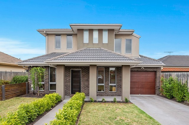 1/9 Myrtle Grove, Airport West VIC 3042