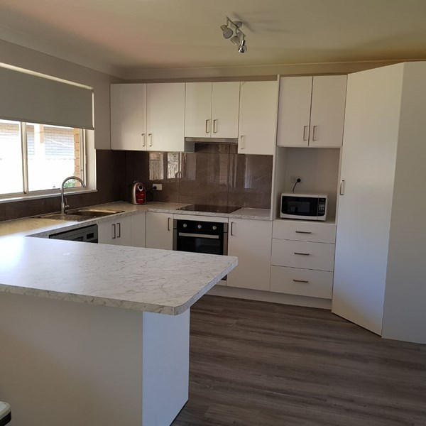 2 Royal Close, Forster NSW 2428