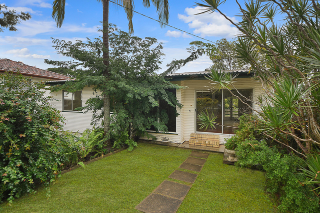 40 Olearia Street East, Everton Hills QLD 4053