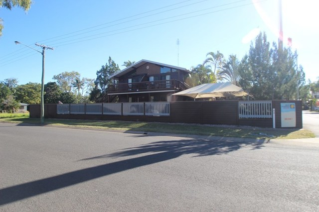 (no street name provided), Urangan QLD 4655