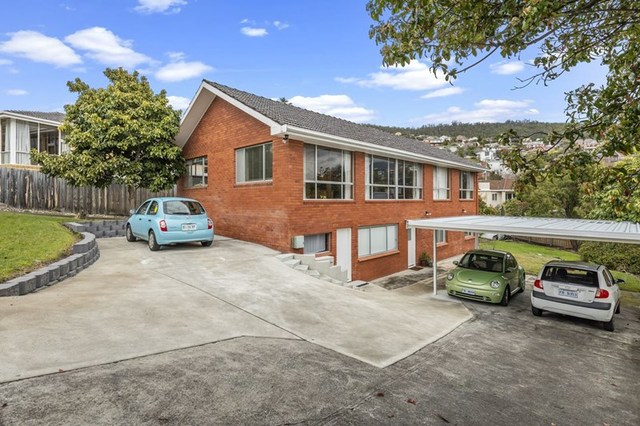 49 Lipscombe Avenue, Sandy Bay TAS 7005