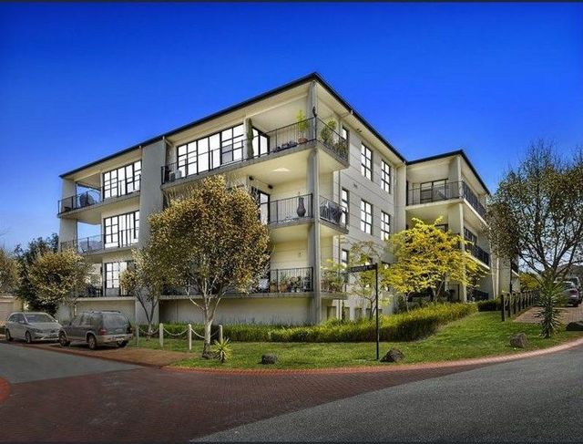 12/1 Conservatory Drive, VIC 3125