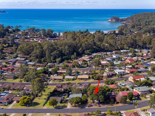 32 Pacific Road, Surf Beach NSW 2536
