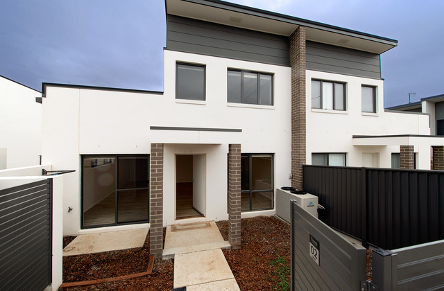 2/50 Henry Kendall Street, ACT 2913