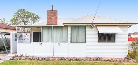 3 Fairleigh Street, Glendale NSW 2285