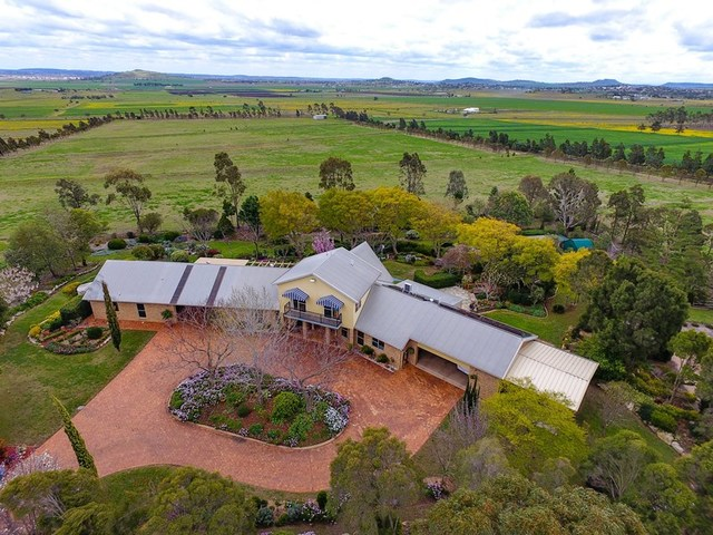 576 Drayton Connection Road, Vale View QLD 4352