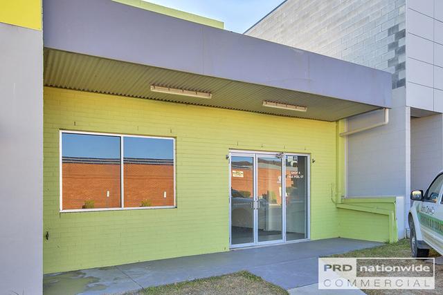 Shop 4, 164 Peel Street, Tamworth NSW 2340