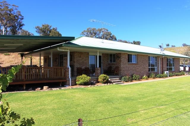 Eliza Farm 3596 Baldersleigh Road, Guyra NSW 2365