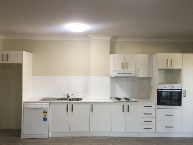 2/293-295 Mann Street, Gosford NSW 2250