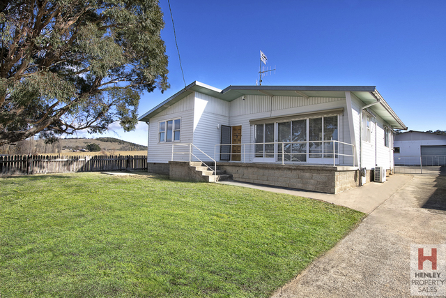 108 Jindabyne Rd, Berridale NSW 2628