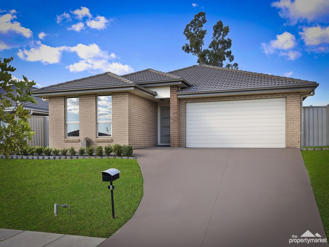 6 Regatta Way, Summerland Point NSW 2259