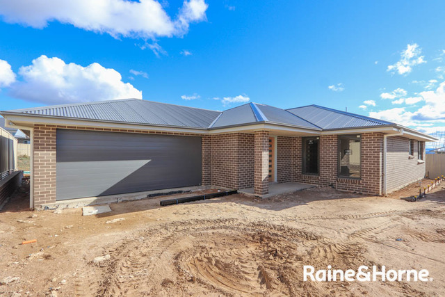 85A Wentworth Drive, Kelso NSW 2795