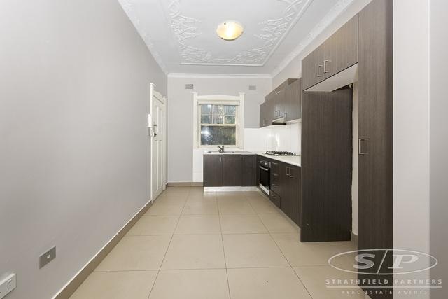 3/11 Burlington Road, NSW 2140