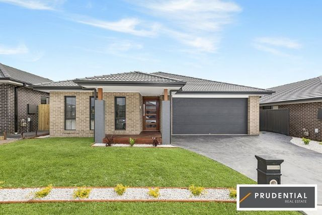 13 Courtney Lp, Oran Park NSW 2570