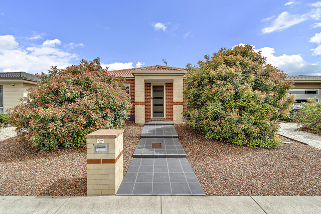 22 Donald Horne Circuit, ACT 2913