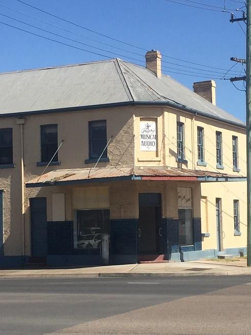 2 Bradley Street (Cnr Of Bradley And Sloane Street), Goulburn NSW 2580