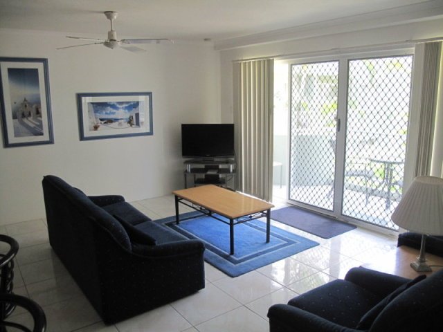 26/11 Breaker Street, Main Beach QLD 4217