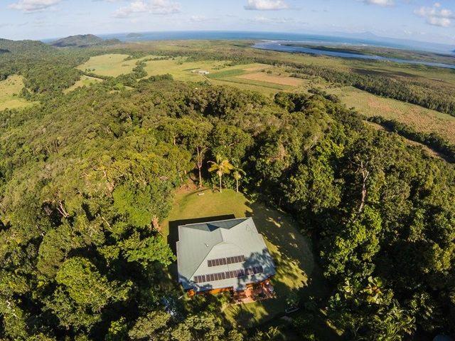 37 Cape Tribulation Road, Daintree QLD 4873