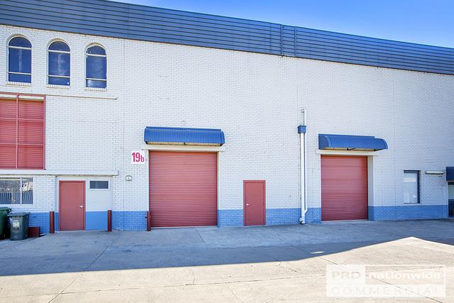 Unit 19B/84-92 Barnes Street, Tamworth NSW 2340