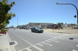 11 Elgin Boulevard
