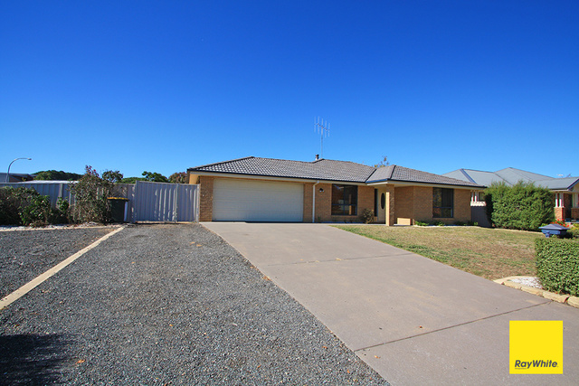 13 McCusker Drive, Bungendore NSW 2621