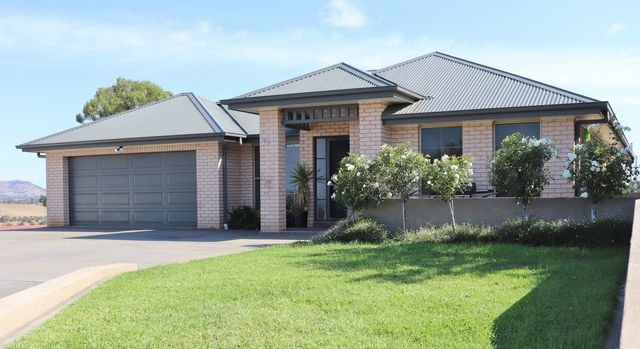 39 Discovery Drive, NSW 2582