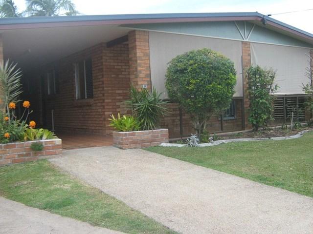 27 Saunders Street, Point Vernon QLD 4655