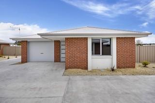 1/243-245 Flinders Street