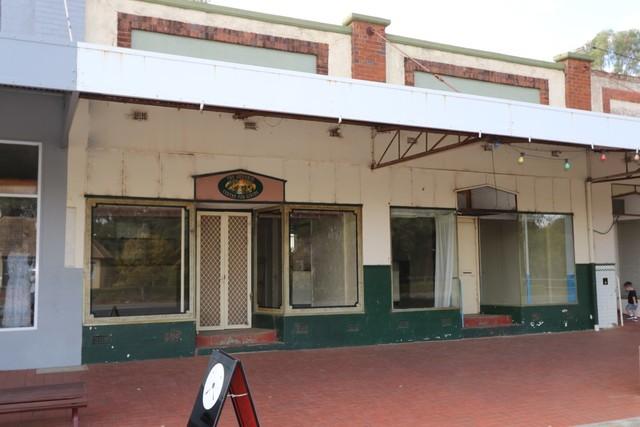 77 Ford Street, Ganmain NSW 2702