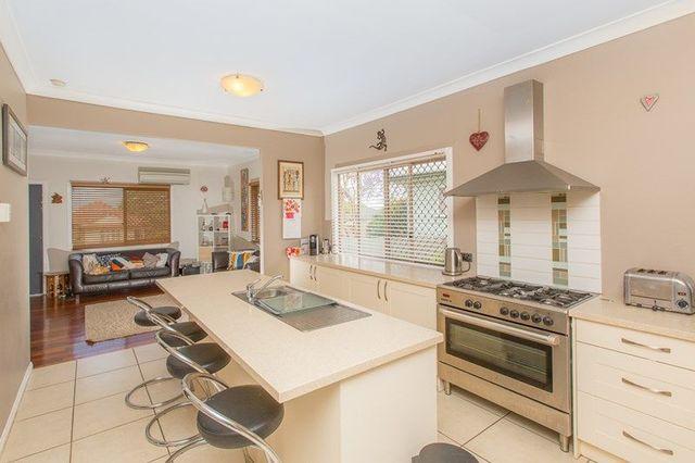 38 Milfoil Street, QLD 4179