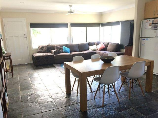 31 Coronation Avenue, Pottsville NSW 2489