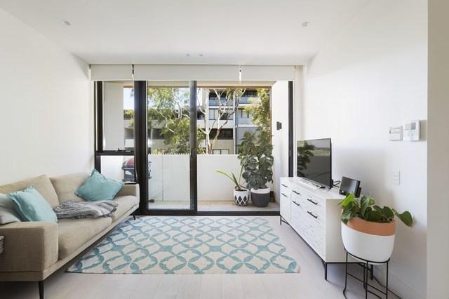 302/72F McDonald Street, NSW 2043