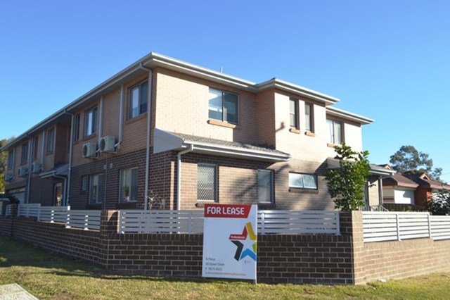 1/2 Edward Street, Kingswood NSW 2747