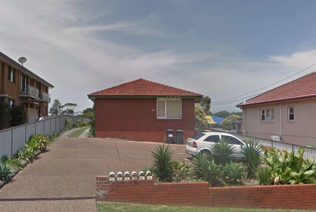 2/28 Hoskins Avenue, Warrawong NSW 2502