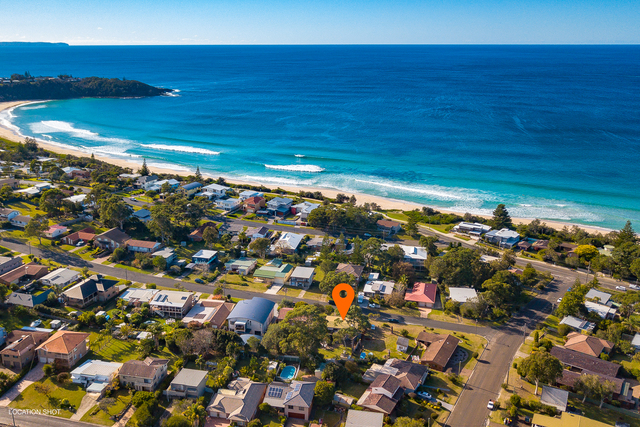 75 Lockhart Avenue, Mollymook NSW 2539