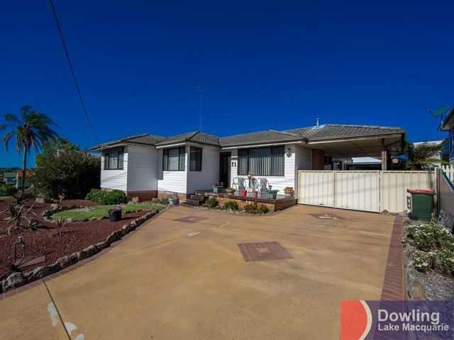 71 Lake Road, Wallsend NSW 2287