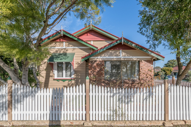 62 George Street, Mayfield East NSW 2304