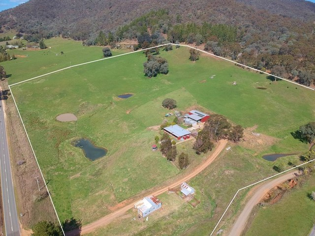 318 Happy Valley Road, Ovens VIC 3738