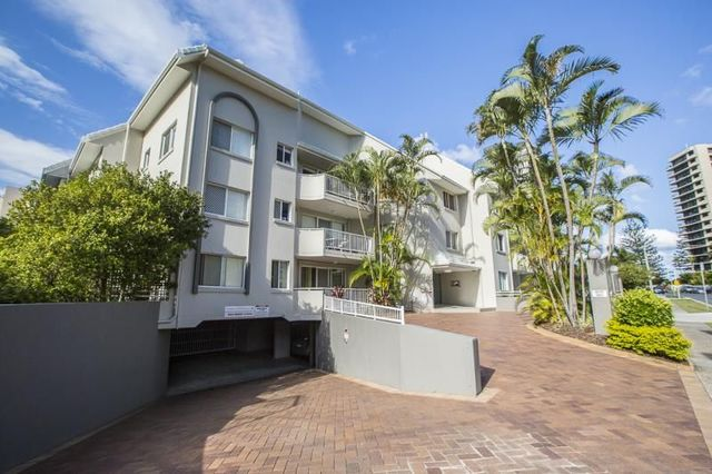 9/11 Breaker Street, Main Beach QLD 4217