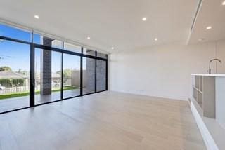 3 Bedrooms/3 McKinnon Avenue