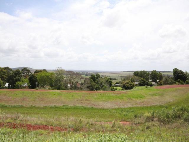 5 Bernard Crescent, Kingaroy QLD 4610