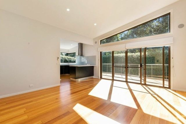 2/50 Whitewater Crescent, TAS 7050