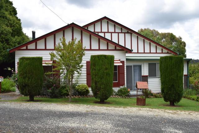 806 Black Mountain Road, Black Mountain NSW 2365