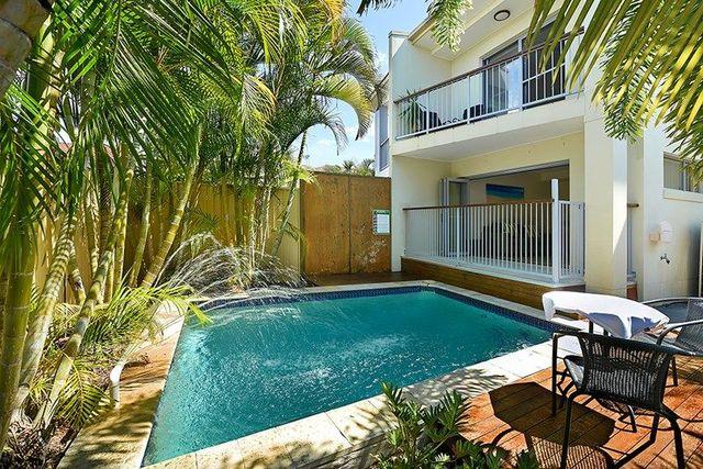 1/44 Milton Avenue, Paradise Point QLD 4216