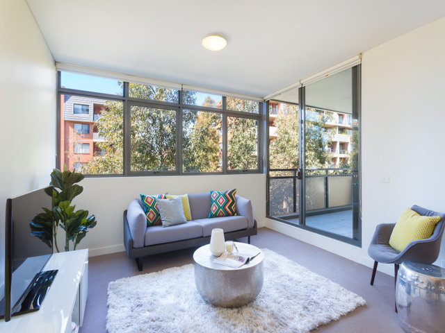 60/2-4 Coulson Street, NSW 2043