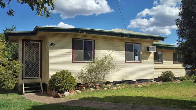 135 Pratten Street, Dalby QLD 4405